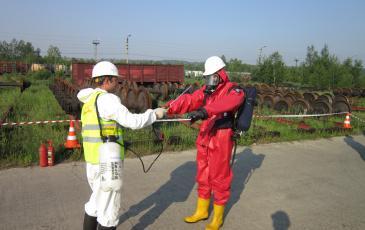 Обработка газоспасателя щелочным раствором для дегазации