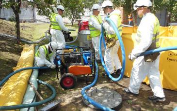 Установка комплекта оборудования для ликвидации аварийного разлива нефтепродуктов