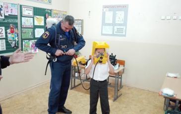 Демонстрация использования спасательного устройства для ПТС «Профи»