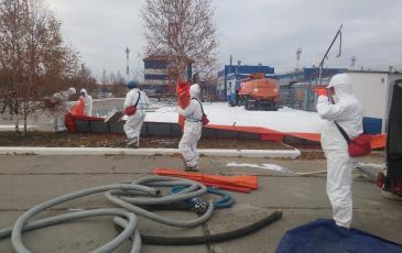 Подключение рукавов к насосной станции на объекте ООО «Газпром добыча Ноябрьск»