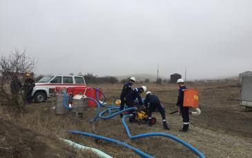 Запуск перекачивающей станции для сбора нефти