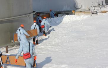 Транспортировка подпорных стенок силами ПАСФ Нижневартовского центра