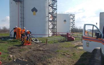 Развёртывание нефтесборного оборудования