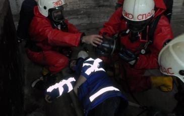 Включение в дыхательный аппарат обнаруженного пострадавшего