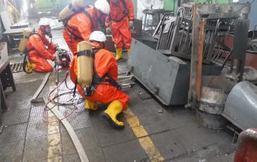 Спасатели Приморского центра «ЭКОСПАС» приступили к разбору завалов условной зоны ЧС
