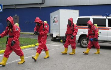 Выдвижение спасателей для проведения разведки и обследования зоны ЧС
