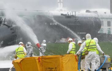 Ликвидация разлива нефтепродукта личным составом