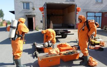 Подготовка газоспасательного звена ко входу в зону ЧС