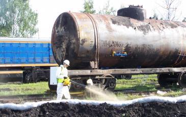 Обработка загрязненного участка сорбентом