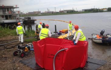 Разворачивание нефтесборного оборудования