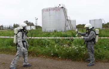 Проведение разведки звеном газоспасателей, проведение анализа воздуха с помощью портативного газоанализатора