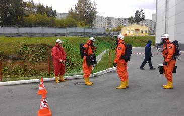 Обработка средств защиты специализированным раствором посредством нанесения мелкодисперсной газоводяной смеси