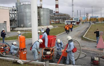 Работа ПАСФ по сбору нефтепродукта