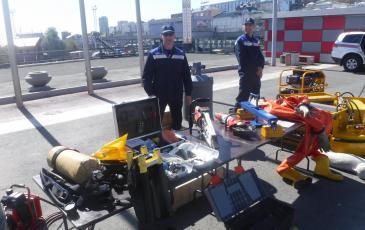 Демонстрация оборудование, находящееся на вооружении Приморского центра «ЭКОСПАС» на выставке пожарно-спасательной техники
