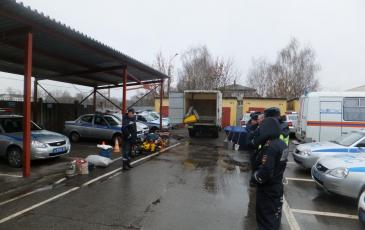 Доведение порядка действий спасателей при ДТП с участием автоцистерн, перевозящих нефтепродукты и АХОВ
