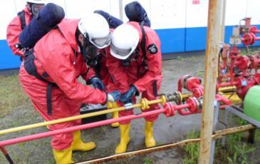 Локализация газоспасательным звеном условного разрыва трубопровода путем установки муфты