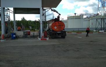 Разгерметизация технологического оборудования при наливе автоцистерны