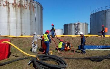 Ликвидация разлива нефтепродукта
