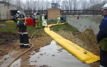 Развертывание и приведение в рабочее состояние водяных бонов