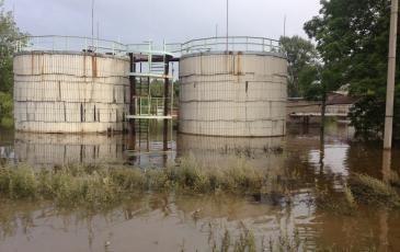 Мазутные пятна были замечены на территории в 2 тыс кв м