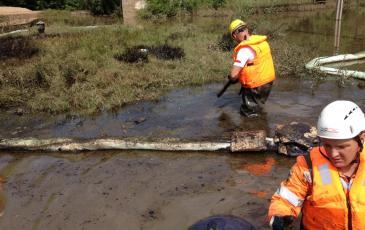 Собрано более 3 кубометров нефтезагрязнённых отходов