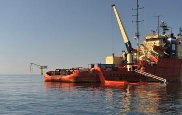 Учения по ликвидации разлива нефти провели на комплексе «Пригородное» проекта «Сахалин-2»