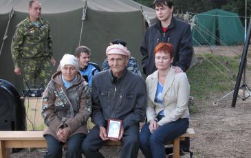 Родные красноармейца В.Е. Тазина: сын, дочь, внучка, правнук нашли своего героя