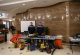 Спасатели Приморского подразделения «ЭКОСПАС» демонстрируют оборудование