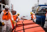 ЭКОСПАС устанавливает боновые заграждения