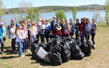 Собрано более 2000 мешков мусора